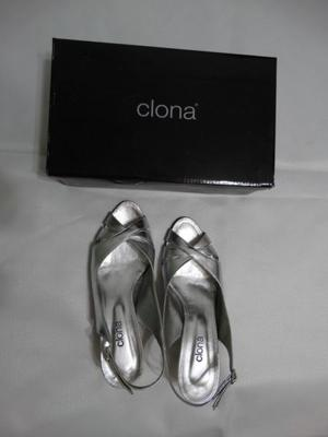 Zapatos Clona Plateados Talle 39