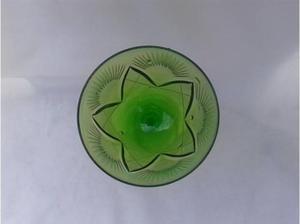 copa cristal verde tallado hay 11 unidades preciosas $250c/u