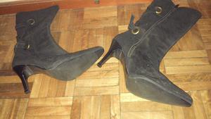 Botas negras de Gamuza