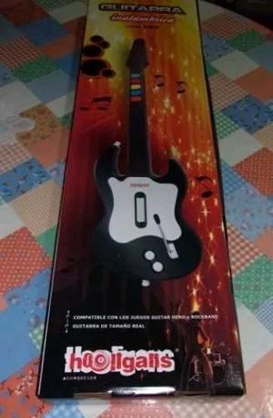 Vendo Guitarra Inalámbrica - PS2 - Con 2 juegos de Guittar