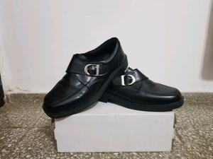 Zapato de vestir talle 42