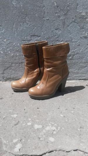 botas casi nuevas