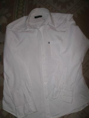 camisa blanca ufo nic talle m en muy buen estado