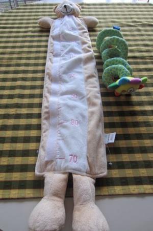 Medidor de altura con forma de oso de peluche y juguete para
