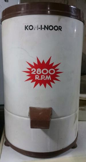 Secarropas Kohinoor de 4 KG y  RPM