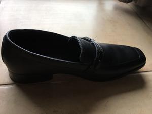 Vendo 2 pares de zapatos a estrenar talle 42