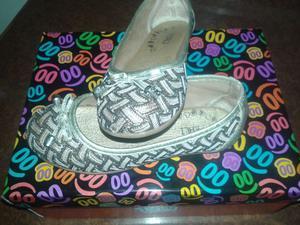 Zapatos de nena un solo uso