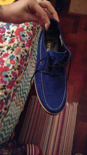 Zapatos marca CLONA