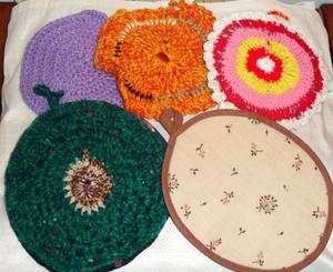 Agarraderas de crochet forradas (las 5 x $70) ECONOMICAS!