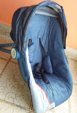 Baby sit con cinturon de seguridad y de multiples