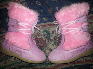 Par de Botas de Niñas Numero 30 rosadas usadas 3veces..