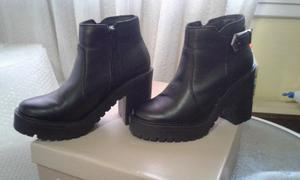 Botas Molly Hush Puppies N°36 Cuero