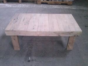 Vendo mesa ratona de madera estilo rústico de 95 cm x 50