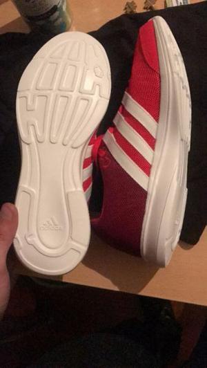 Zapatillas adidas Importadas Sin Uso En Caja