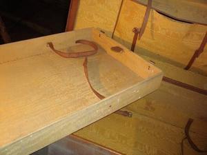 vendo balija antigua de cuero y madera