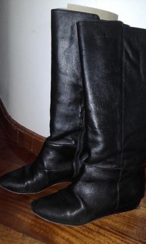 vendo botas de cuero Natacha
