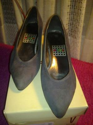 zapato gamuza gris n°37