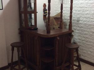 Bar de algarrobo esquinero