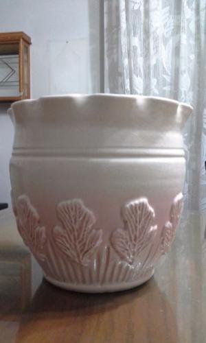 Hermoso centro de mesa o maceta de gran tamaño de cerámica
