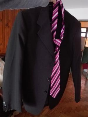 Traje ambo pantalon y corbata talle M
