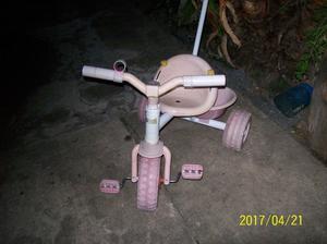 triciclo para nenas marca rondi de metal color rosa