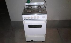 Cocina Martiri de 50cm muy poco uso con regulador