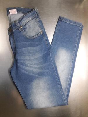 Nuevos! Jean tiro medio, elastizado, talle