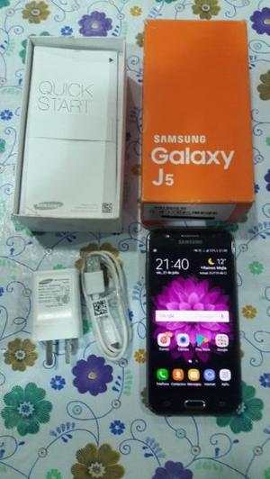 Samsung Galaxy J5 Liberado de origen en caja con cargador y