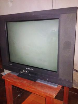 Vendo tv 21 pulgadas.. pantalla plana impecable con control