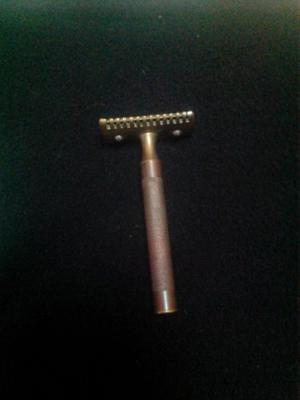 Antigua afeitadora de hola