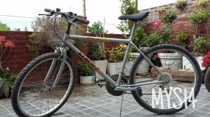 Bicicleta de hombre con cambios. Rodado 26