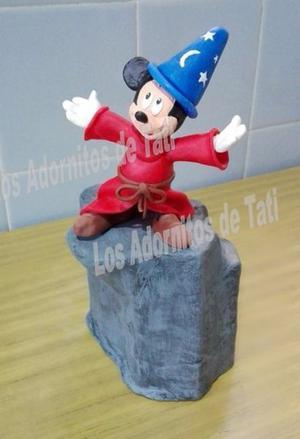 Centro de torta. Mickey Mago