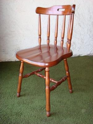 Fabrica de sillas y mesas para restaurante, bar, cervecería