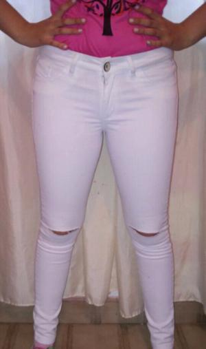 Jean blanco elastizado tiro alto