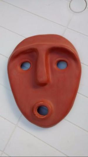 Máscara de cerámica