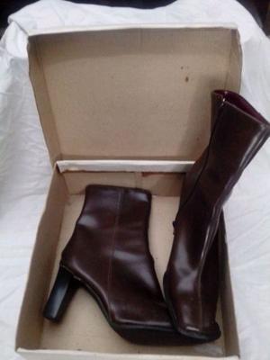 Oferta por mudanza botas de mujer