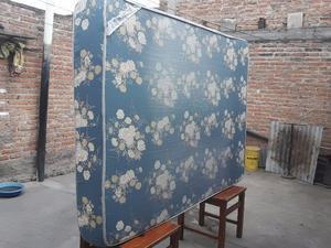 Vendo colchón dos plazas, usado en buen estado