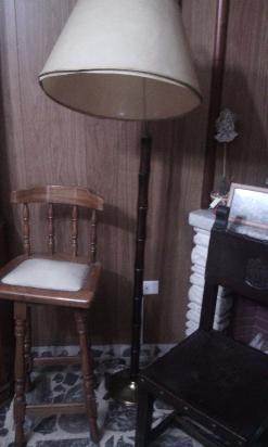 lampara de pie antigua de madera y bronce