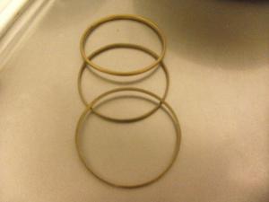 3 pulseras de bronce macizo de 7,5 cm de diámetro