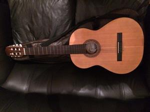 Guitarra criolla Fonseca modelo 25P casi sin uso + funda