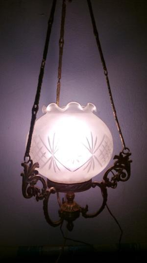 Lámpara antigua de bronce