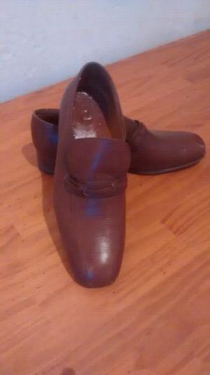 Zapatos de hombre marrón cuero liquido!! Talle