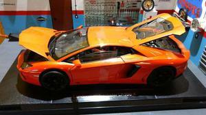 Lamborghini Aventador Lp  Welly