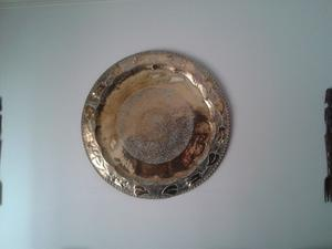Plato de bronce