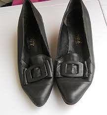 Zapatos Vintage De Auténtico Cuero Numero 37 Taco 4,5 Cm