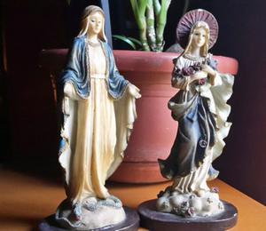 Estatuas de la Virgen