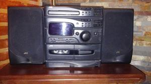 VENDO EQUIPO DE MUSICA JVC DOBLE CASSETERA, CD, RADIO.
