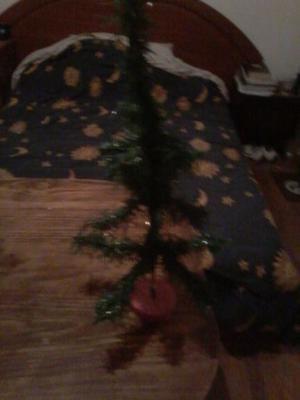 Vendo arbolito de navidad, en excelente estado