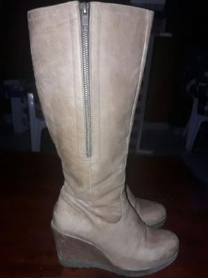 Vendo calzados, todos de Barbara Store y nro 37 (botas