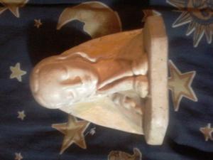 Vendo figura de la Virgen María en excelente estado